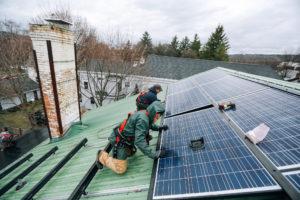 US solar jobs grew 167& in the last ten years.